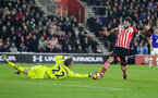 Charlie Austin (Southampton) and Maarten Stekelenburg (Everton) battle for the ball during the Premier League match between Southampton and Everton at St. Mary's Stadium on 27 November 2016. Photo by Michael Jones/Digital South
