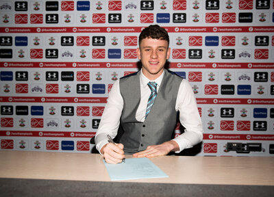 Parkes signs professional contract