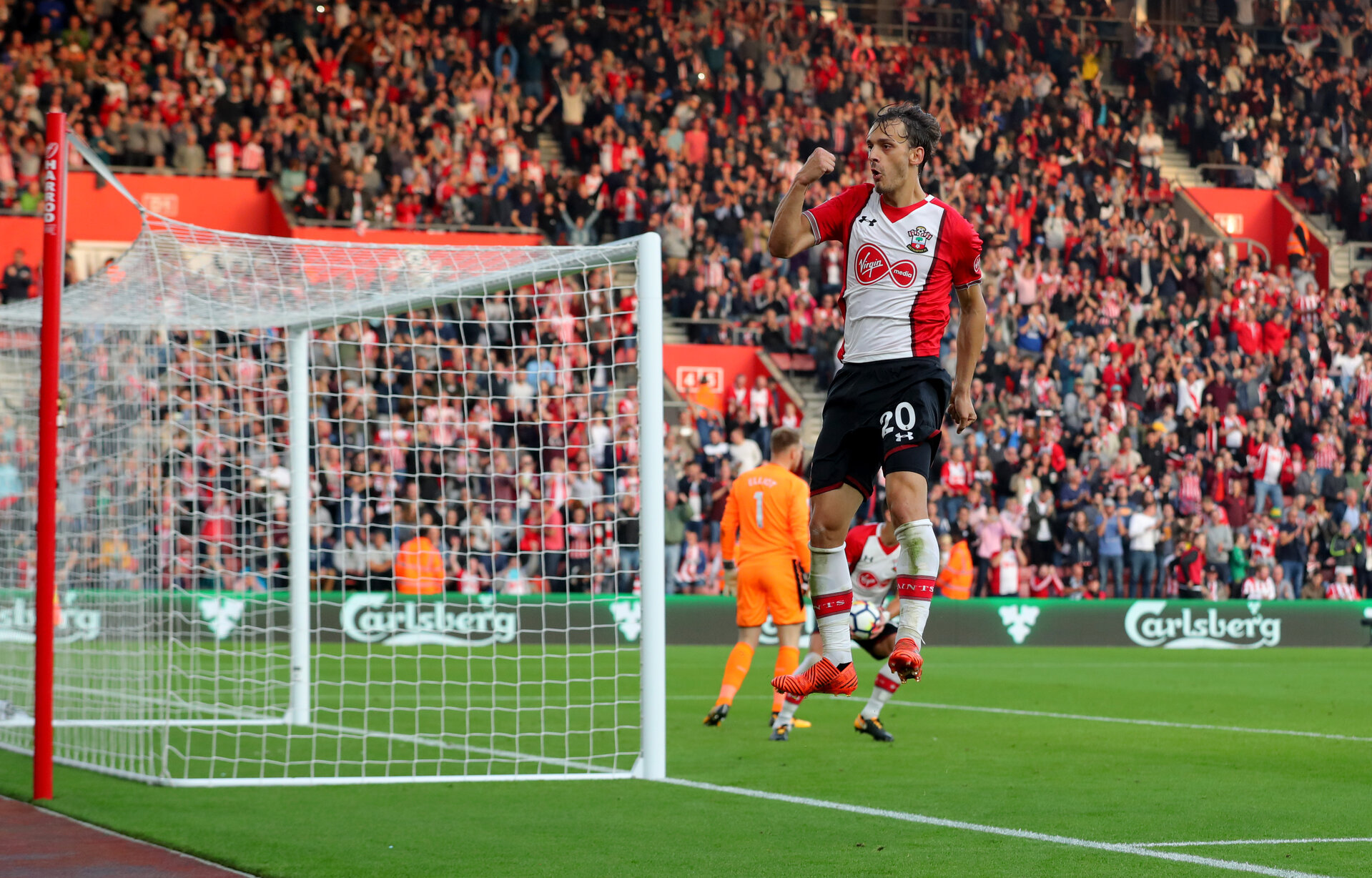 SOUTHAMPTON, ENGLAND - OCTOBER 15: Southampton's Manolo Gabbiaidini celebrates after equalising for the second time during the Premier League match between Southampton and Newcastle United at St Mary's Stadium on October 15, 2017 in Southampton, England. (Photo by Matt Watson/Southampton FC via Getty Images)