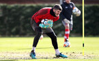 SOUTHAMPTON, ENGLAND - FEBRUARY 15: Fraser Forster during a Southampton FC training session at the Staplewood Canpus on February 15, 2018 in Southampton, England. (Photo by Matt Watson/Southampton FC via Getty Images)