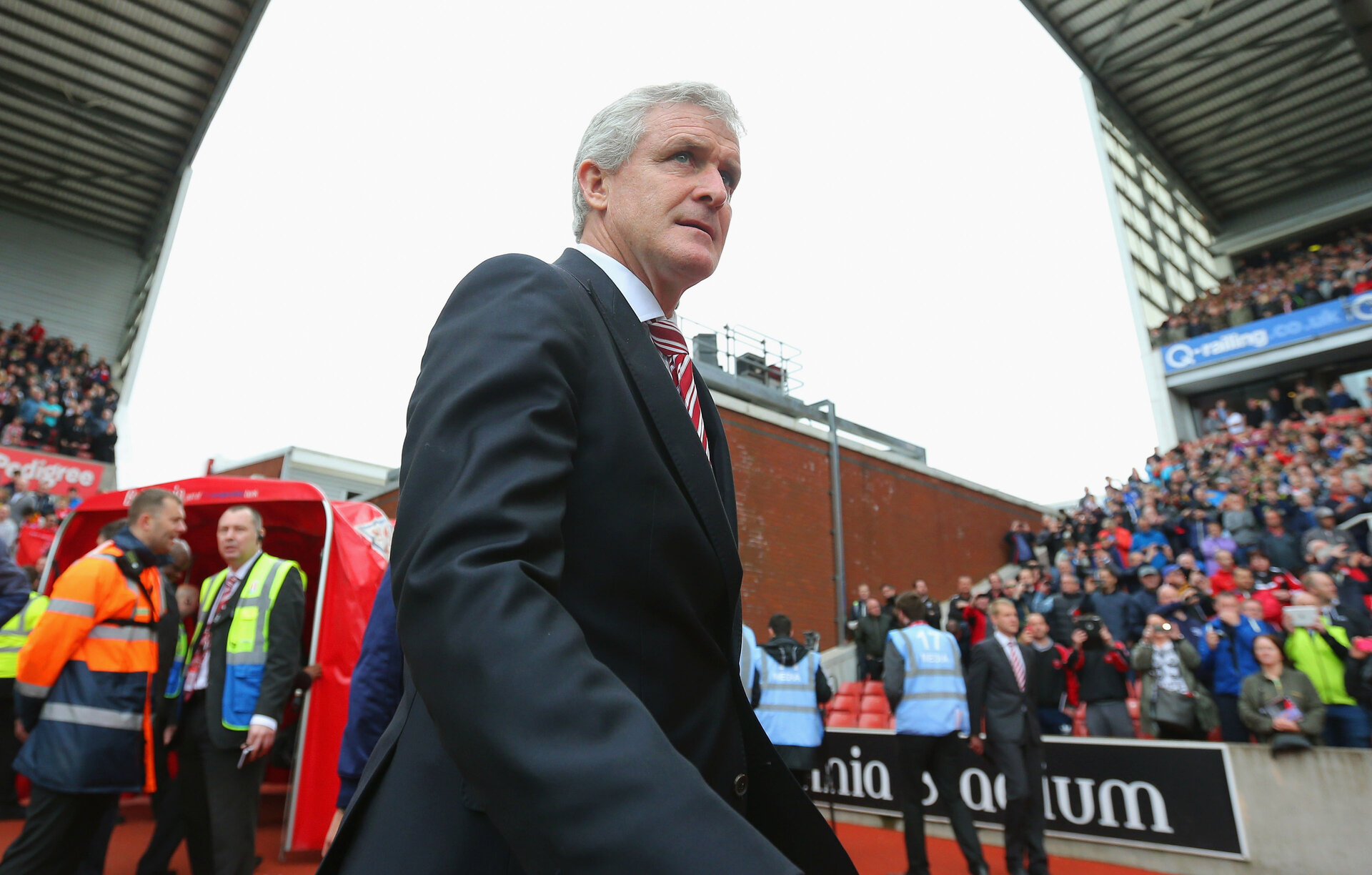 STOKE ON TRENT, ENGLAND - MAY 24:  Mark Hughes manager of Stoke City looks on during the Barclays Premier League match between Stoke City and Liverpool at Britannia Stadium on May 24, 2015 in Stoke on Trent, England.  (Photo by Dave Thompson/Getty Images)