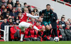 LONDON, ENGLAND - APRIL 08: Dusan Tadic(R)of Southampton gets away from Arsenal's Jack Wilshire(L) during the Premier League match between Arsenal and Southampton at Emirates Stadium on April 8, 2018 in London, England. (Photo by Matt Watson/Southampton FC via Getty Images)