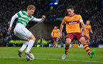 GLASGOW, SCOTLAND - NOVEMBER 26: Stuart Armstrong of Celtic takes on Carl McHugh of Motherwell during the Betfred League Cup Final between Celtic and Motherwell at Hampden Park on November 26, 2017 in Glasgow, Scotland. (Photo by Mark Runnacles/Getty Images)