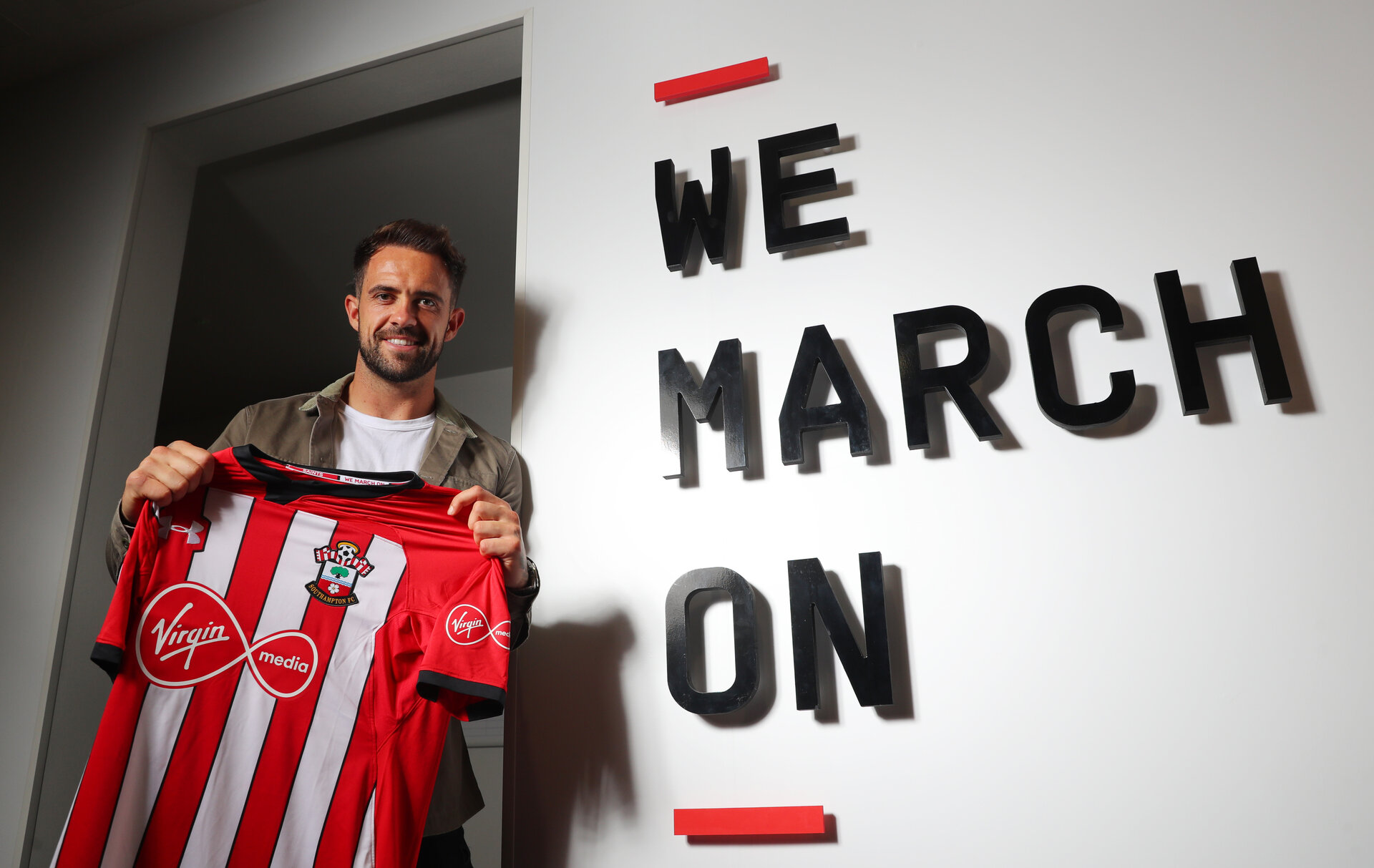 SOUTHAMPTON, ENGLAND - AUGUST 09: Danny Ings joins Southampton FC on a season long loan deal from Liverpool, pictured at the Staplewood Campus on August 9, 2018 in Southampton, England. (Photo by Matt Watson/Southampton FC via Getty Images)