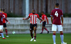SOUTHAMPTON, ENGLAND - SEPTEMBER 21: Michaerl Obafemi (middle) during the PL2 match between Southampton FC and Aston Villa FC at Staplewood Training Ground on September 21, 2018 in Southampton, United Kingdom. (Photo by James Bridle - Southampton FC/Southampton FC via Getty Images)