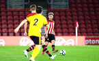 SOUTHAMPTON, ENGLAND - OCTOBER 19: Jake Vokins (right) during the PL2 match between Southampton FC and Wolves pictured at St Mary's Stadium on October 19, 2018 in Southampton, England. (Photo by James Bridle - Southampton FC/Southampton FC via Getty Images)