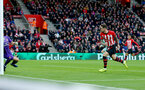 SOUTHAMPTON, ENGLAND - DECEMBER 16: Danny Ings of Southampton scores during the Premier League match between Southampton FC and Arsenal FC at St Mary's Stadium on December 15, 2018 in Southampton, United Kingdom. (Photo by Matt Watson/Southampton FC via Getty Images)