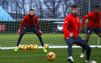 SOUTHAMPTON, ENGLAND - DECEMBER 28:  Angus Gunn (left) during a Southampton FC training session at Staplewood Training Ground on December 28, 2018 in Southampton, United Kingdom. (Photo by James Bridle - Southampton FC/Southampton FC via Getty Images)