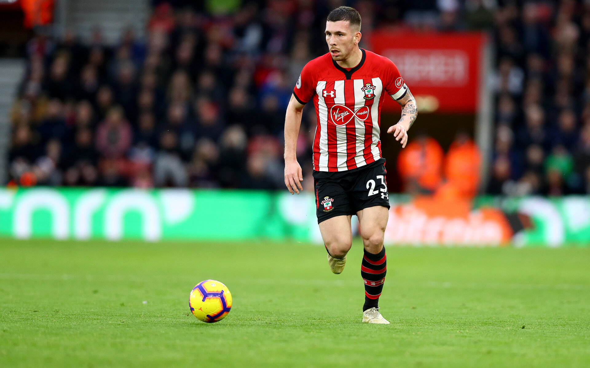 SOUTHAMPTON, ENGLAND - DECEMBER 30:  Pierre-Emile Hojbjerg during the Premier League match between Southampton FC and Manchester City at St Mary's Stadium on December 30, 2018 in Southampton, United Kingdom. (Photo by Matt Watson/Southampton FC via Getty Images)