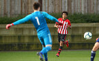 SOUTHAMPTON, ENGLAND - JANUARY 26: Caleb Watts (right) during the Under 18s match between Southampton FC and Fulham FC pictured at Staplewood Complex on January 26, 2019 in Southampton, England. (Photo by James Bridle - Southampton FC/Southampton FC via Getty Images)