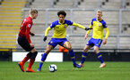 LEIGH, GREATER MANCHESTER - FEBRUARY 01:  Oludare Olufunwa (middle) during the PL2 match between Manchester United and Southampton FC pictured at Leigh Sports Village on February 01, 2019 in Leigh, Greater Manchester. (Photo by James Bridle - Southampton FC/Southampton FC via Getty Images)