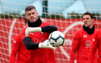 SOUTHAMPTON, ENGLAND - APRIL 16: Fraser Forster during a Southampton FC training session at the Staplewood Campus on April 16, 2019 in Southampton, England. (Photo by Matt Watson/Southampton FC via Getty Images)