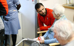 SOUTHAMPTON, ENGLAND - APRIL 17: Charlie Austin (Middle) of Southampton FC visits Southampton General Hospital pictured with patients and staff on April 17, 2019 in Southampton, England. (Photo by James Bridle - Southampton FC/Southampton FC via Getty Images)