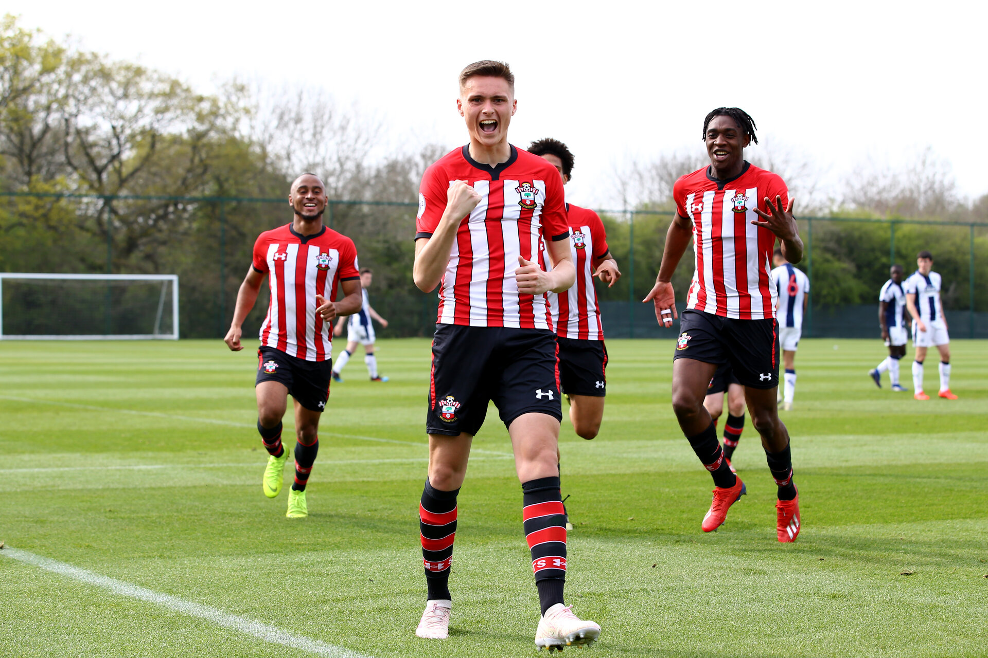 WEST BROMWICH, ENGLAND - APRIL 18: Will Smallbone of Southampton scores from the penalty spot (middle) during the Under 23s PL2 match between West Bromwich and Southampton FC pictured on April 18, 2019 in West Bromwich, England. (Photo by James Bridle - Southampton FC/Southampton FC via Getty Images)