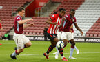 SOUTHAMPTON, ENGLAND - MAY 03: Dan Nlundulu  (middle)  during the U23s PL2 Play off Semi-Final between Southampton FC and Aston Villa FC pictured at St Mary's Stadium on May 03, 2019 in Southampton, England. (Photo by James Bridle - Southampton FC/Southampton FC via Getty Images)