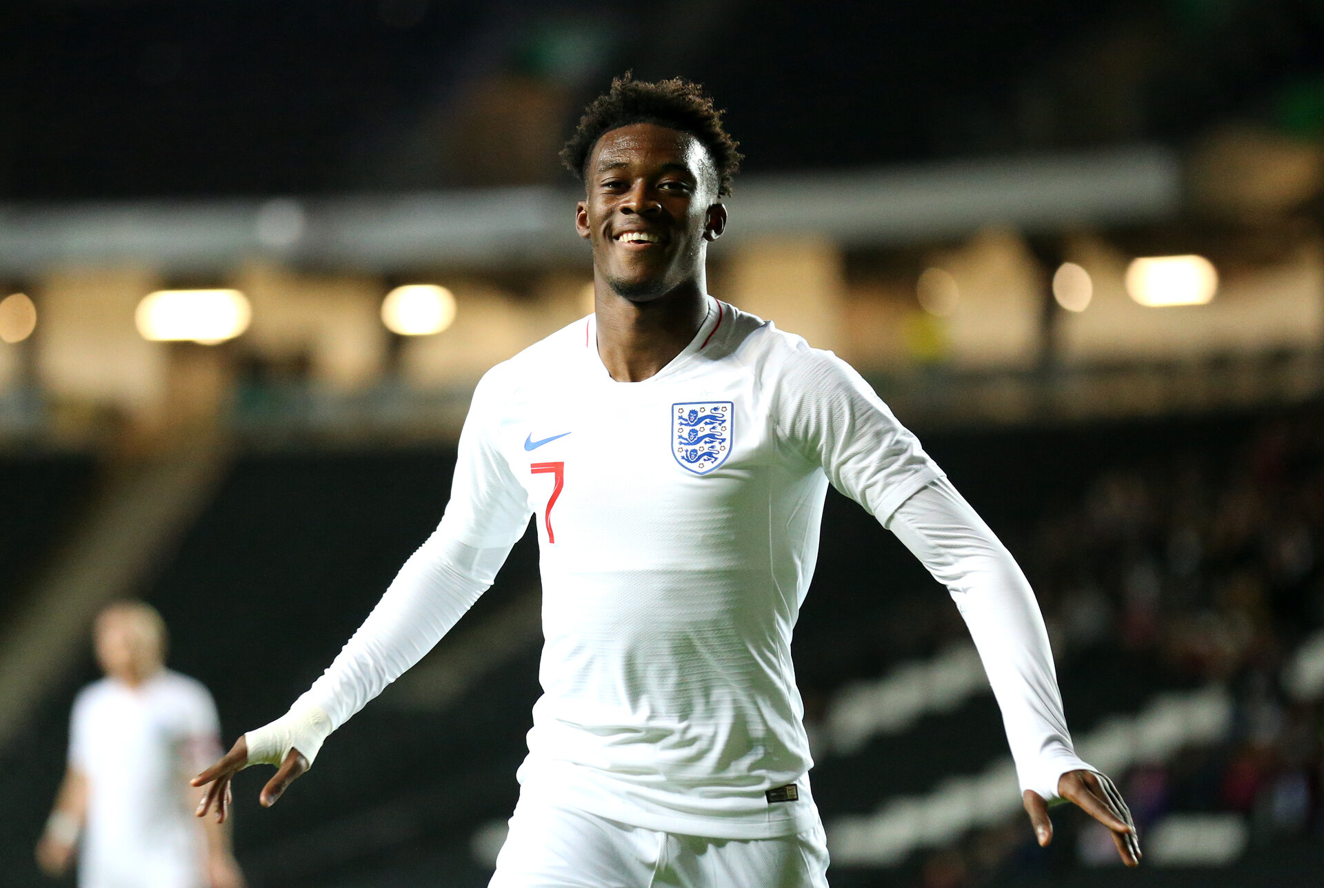 MILTON KEYNES, ENGLAND - OCTOBER 15:  Callum Hudson-Odoi of England celebrates after scoring his sides first goal during the UEFA Under 21 Championship Qualifier between England and Austria at Stadium MK on October 15, 2019 in Milton Keynes, England. (Photo by Alex Pantling/Getty Images)