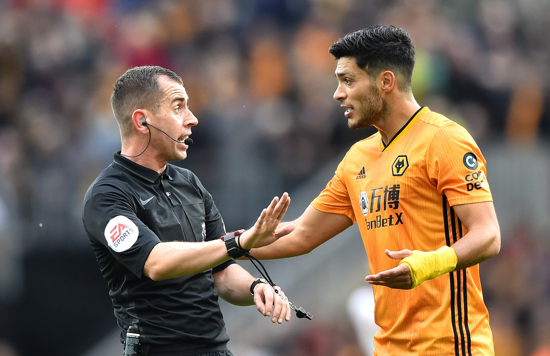 WOLVERHAMPTON, ENGLAND - OCTOBER 19: Raul Jimenez of Wolverhampton Wanderers reacts to Match Referee Peter Bankes after scoring his team's first goal which is then disallowed during the Premier League match between Wolverhampton Wanderers and Southampton FC at Molineux on October 19, 2019 in Wolverhampton, United Kingdom. (Photo by Nathan Stirk/Getty Images)