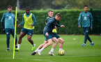SOUTHAMPTON, ENGLAND - OCTOBER 24: Stuart Armstrong and James Ward-Prowse during a Southampton FC training session at the Staplewood Campus on October 24, 2019 in Southampton, England. (Photo by Matt Watson/Southampton FC via Getty Images)