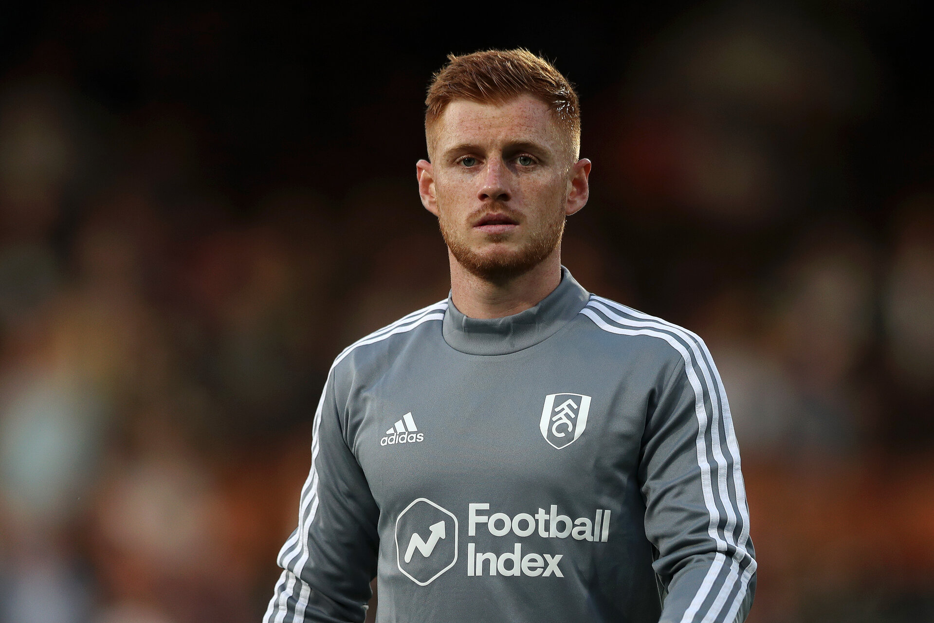 LONDON, ENGLAND - AUGUST 21:  Harrison Reed of Fulham looks on ahead of the Sky Bet Championship match between Fulham and Leeds United at Craven Cottage on August 21, 2019 in London, England. (Photo by Naomi Baker/Getty Images)