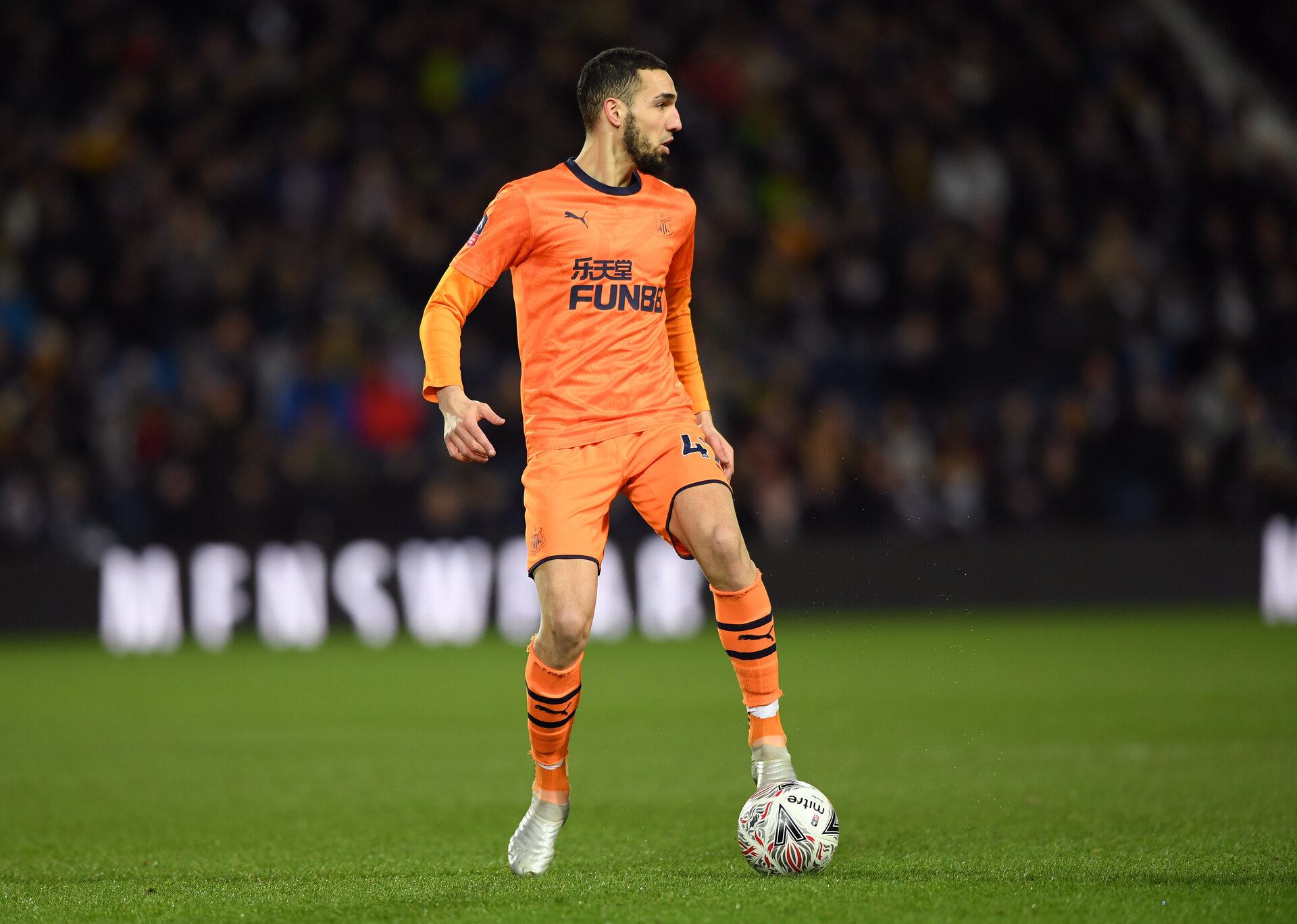 WEST BROMWICH, ENGLAND - MARCH 03: Nabil Bentaleb  of Newcastle United in action during the FA Cup Fifth Round match between West Bromwich Albion and Newcastle United at The Hawthorns on March 03, 2020 in West Bromwich, England. (Photo by Stu Forster/Getty Images)