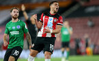 SOUTHAMPTON, ENGLAND - JULY 16: Ché Adams of southampton during the Premier League match between Southampton FC and Brighton & Hove Albion at St Mary's Stadium on July 16, 2020 in Southampton, United Kingdom. Football Stadiums around Europe remain empty due to the Coronavirus Pandemic as Government social distancing laws prohibit fans inside venues resulting in all fixtures being played behind closed doors. (Photo by Chris Moorhouse/Southampton FC via Getty Images)