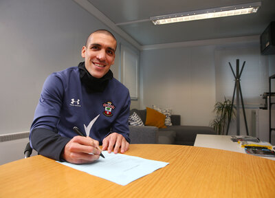 Romeu signs new contract