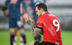 SOUTHAMPTON, ENGLAND - JANUARY 26: Danny Ings of Southampton during the Premier League match between Southampton and Arsenal at St Mary's Stadium on January 26, 2021 in Southampton, England. Sporting stadiums around the UK remain under strict restrictions due to the Coronavirus Pandemic as Government social distancing laws prohibit fans inside venues resulting in games being played behind closed doors. (Photo by Matt Watson/Southampton FC via Getty Images)