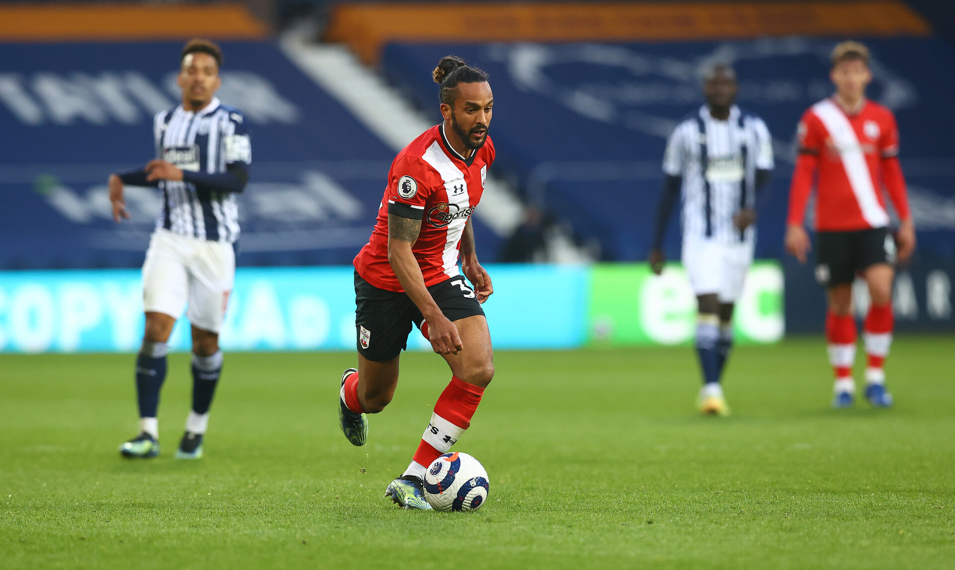 WEST BROMWICH, ENGLAND - APRIL 12: Theo Walcott of during the Premier League match between West Bromwich Albion and Southampton at The Hawthorns on April 12, 2021 in West Bromwich, England. Sporting stadiums around the UK remain under strict restrictions due to the Coronavirus Pandemic as Government social distancing laws prohibit fans inside venues resulting in games being played behind closed doors. (Photo by Matt Watson/Southampton FC via Getty Images)
