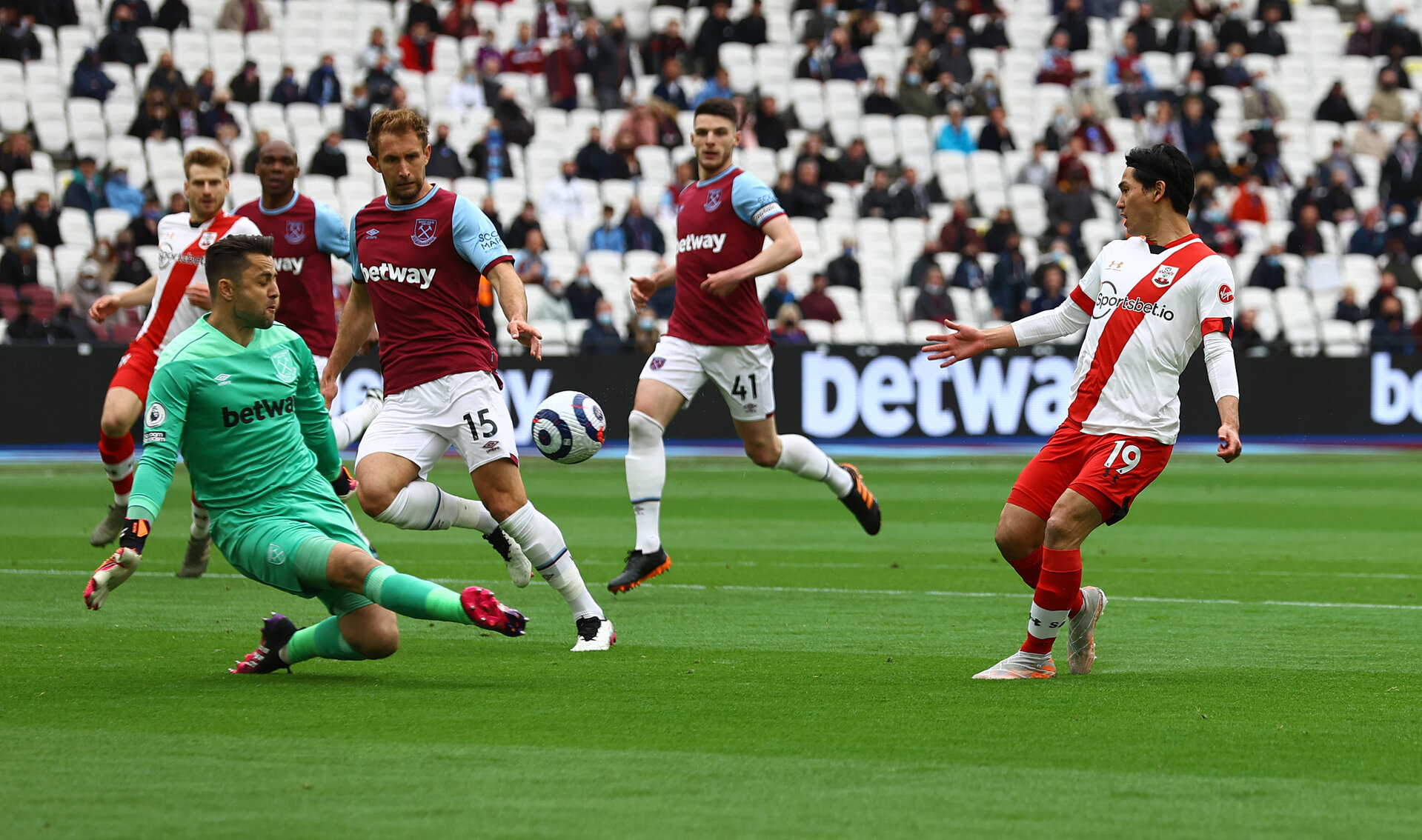 LONDON, ENGLAND - MAY 23: Takumi Minamino of Southampton shoots wide during the Premier League match between West Ham United and Southampton at London Stadium on May 23, 2021 in London, England. (Photo by Matt Watson/Southampton FC via Getty Images)