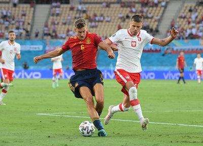 Poland dig in to take a point against Spain