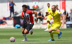 SOUTHAMPTON, ENGLAND - JULY 24: Che Adams(L) of during a pre-season friendly match between Southampton FC and Fulham at The Staplewood Campus on July 24, 2021 in Southampton, England. Photo by Matt Watson/Southampton FC via Getty Images